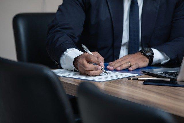 בחירת עורך דין הגירה – כך תעשו זאת
